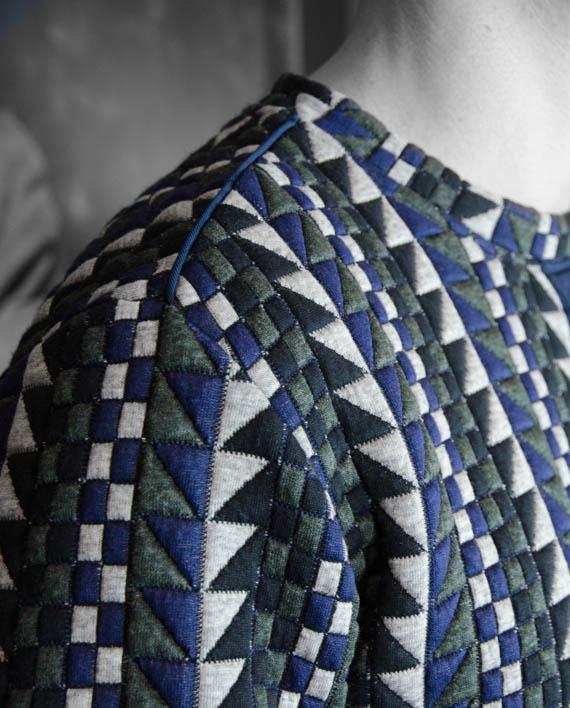 Marchand Drapier Sweat Dragon Mosaic Revolt Orléans