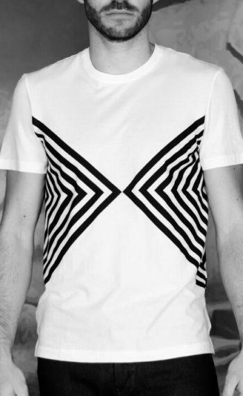 Paolo pecora t-shirt manches courtes graphique blanc noir Revolt Orléans
