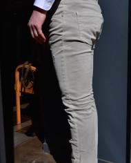 Paolo Pecora jeans gris clair scratché côté