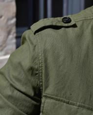 Paolo Pecora veste lin kaki détail épaule