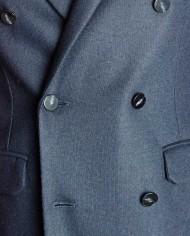 Paolo Pecora veste jersey croisée marine détail boutons