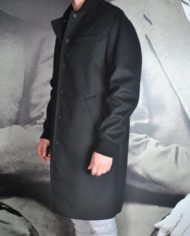 Paolo Pecora mant laine cach noir 3:4