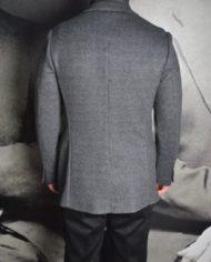 Paolo Pecora veste pdp grise dos