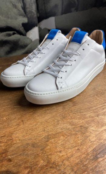 Giorgio sneakers blanche bleu klein revolt orleans